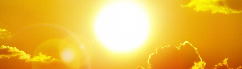 Sunshine and clouds heatwave weather